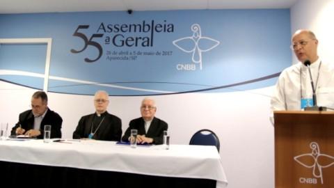 Vídeo: Coletiva de Imprensa na 55ª Assembleia Geral da CNBB