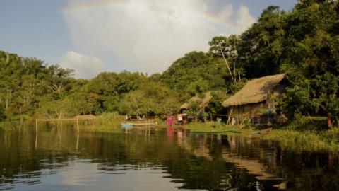 A AMAZÔNIA E SEUS POVOS