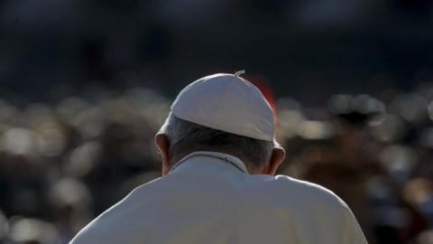 Livro a ser lançado onde o Papa Francisco convida a rever os critérios da vida para salvar a vida na Terra