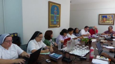 Equipe Interdisciplinar reúne-se na sede da CRB Nacional e prepara o III Seminário da VRC